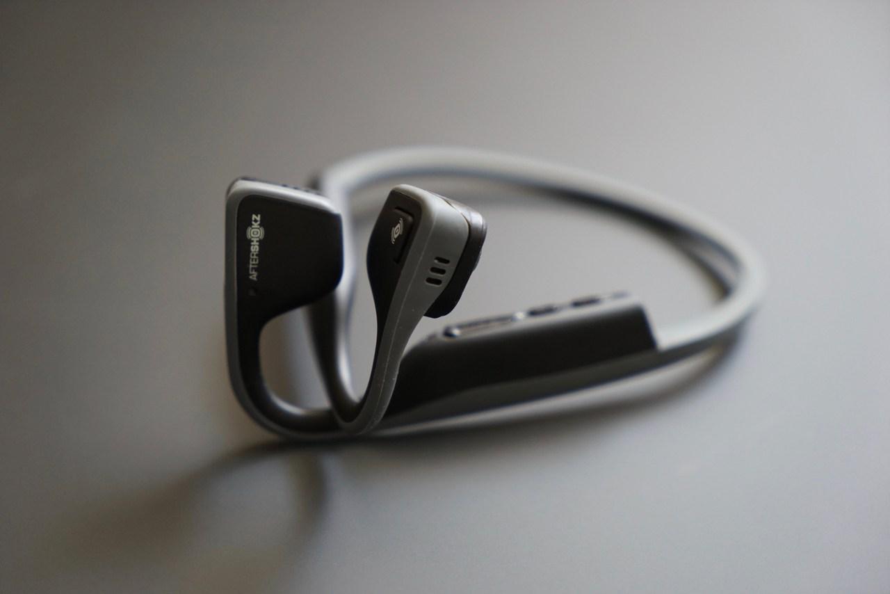 AfterShokz Trekz Titanium Bone Conduction Headphone Review (and Contest!)