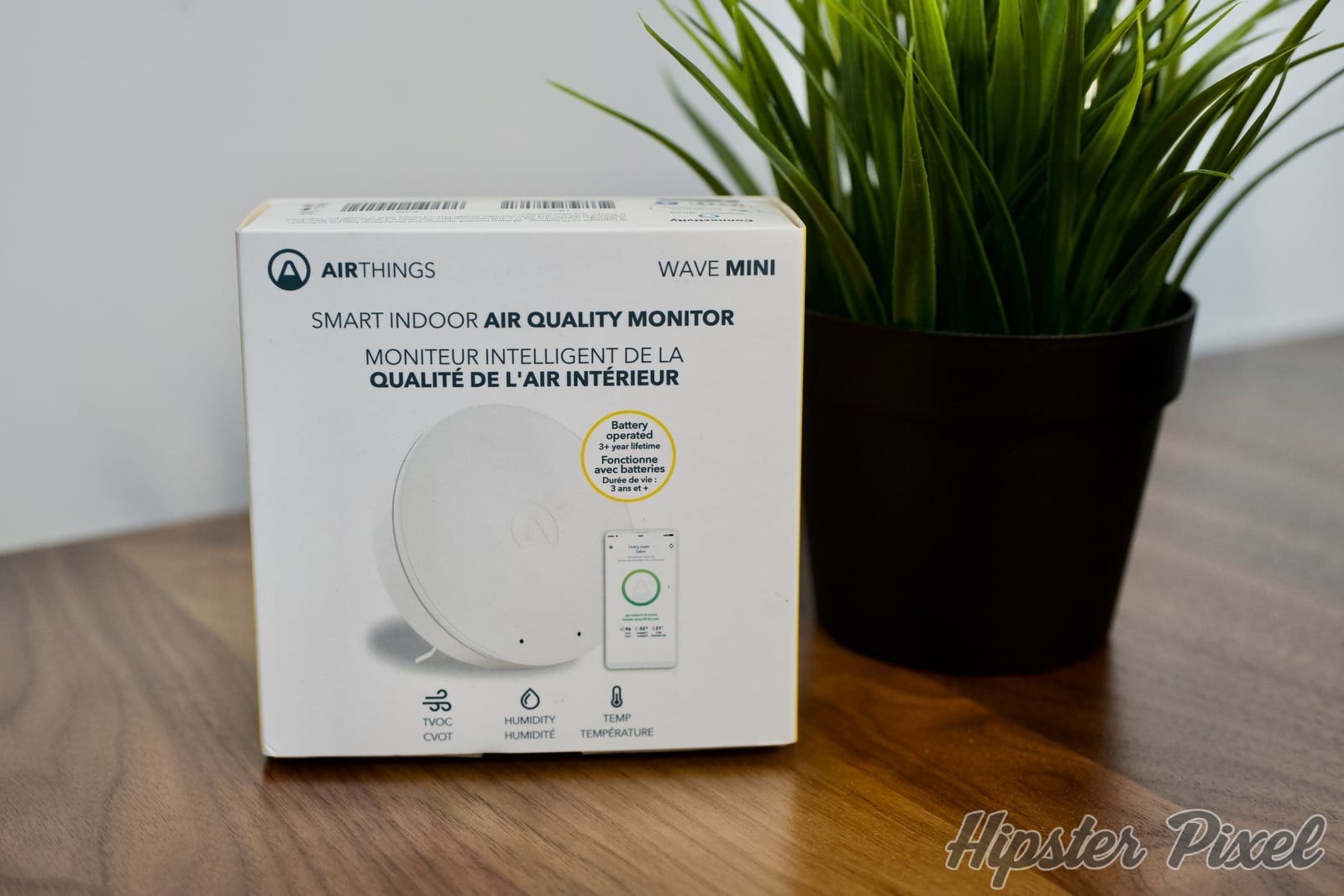 AirThings Wave Mini, Tiny Air Quality Monitor With Mold Risk Indication [Review]