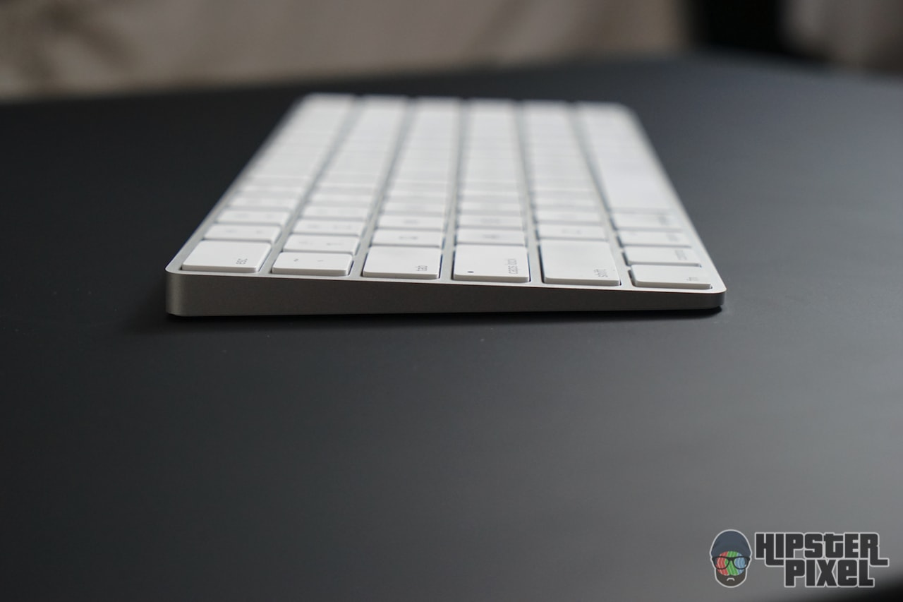 Apple Magic Keyboard, from the side