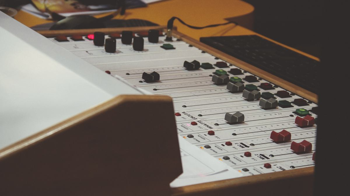 Auphonic Leveler, a Solution to Uneven Audio Tracks and More [Review]