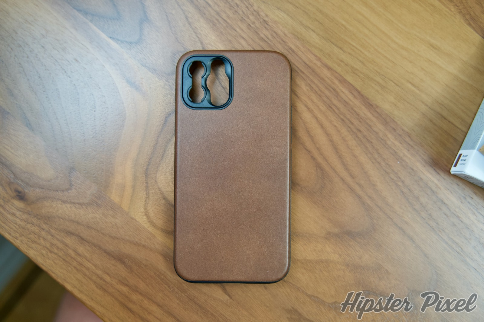 Nomad Modern Leather Case for Moment Lenses [Review]