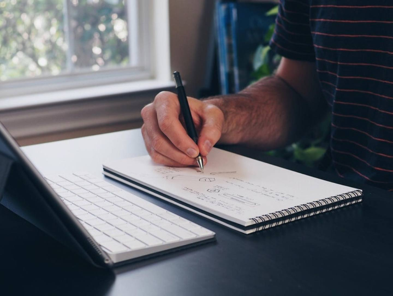Panobook, a Widescreen Ratio Notebook for Your Desk