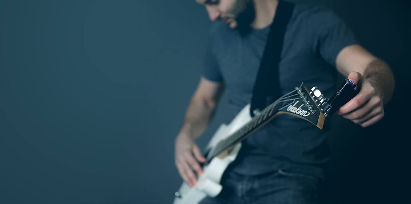 Roadie 2, All in One Guitar and Bass Tuner