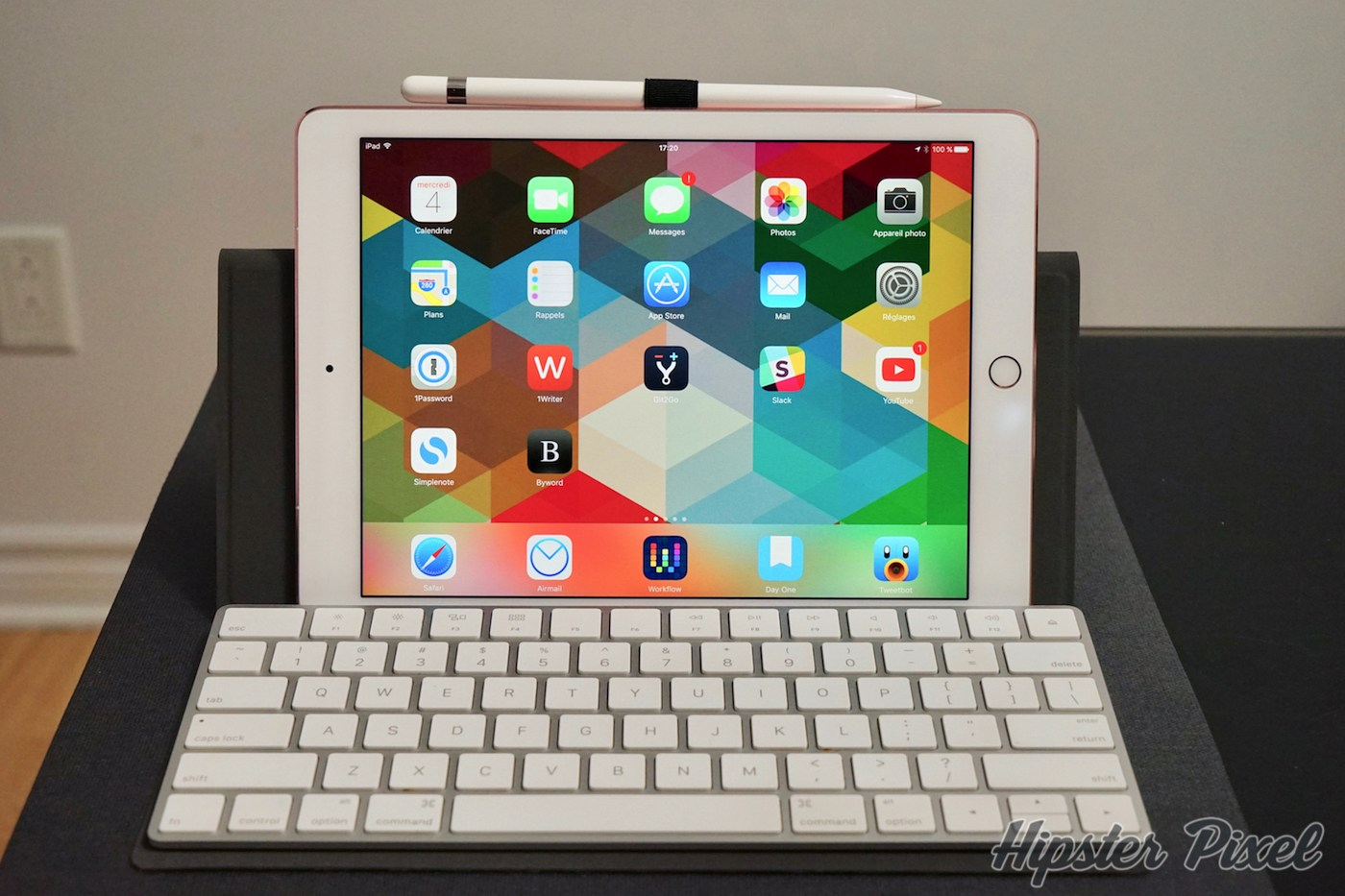 Canopy, a Magic Keyboard Case and Stand [Review]